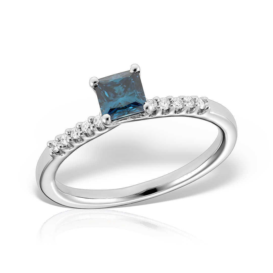 Inel de logodna din aur alb cu diamant albastru