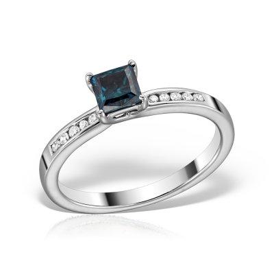 Inel cu diamant albastru